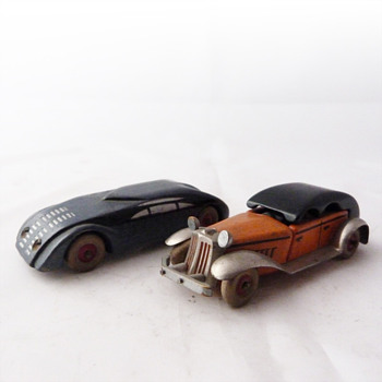 Wooden Art Deco toy cars, Czechoslovakia, 1930s. - Model Cars
