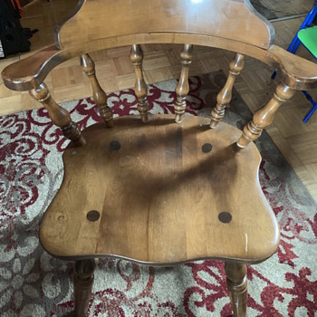 Nice table chair - Furniture