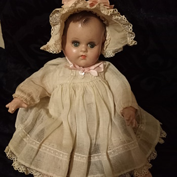 Madame Alexander Doll - Dolls