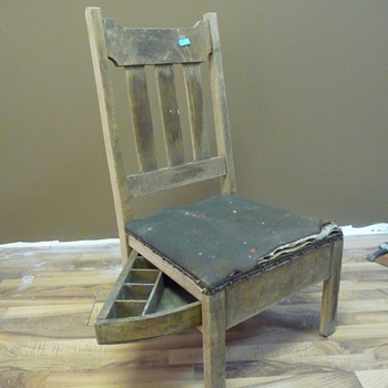 Antique sewing chair - Furniture