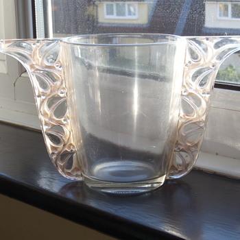 """R Lalique """"Honfleur"""" vase - Art Deco"""