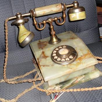 Italian Phone? - Telephones