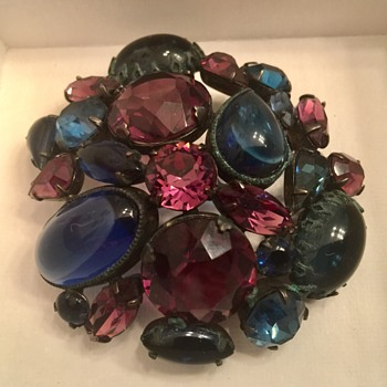 Large pretty brooch - Costume Jewelry