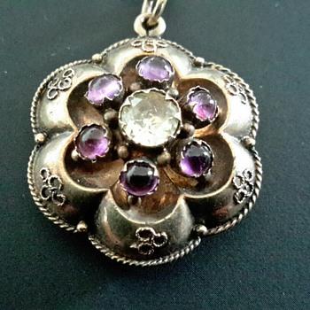 Victorian Pendant - Fine Jewelry