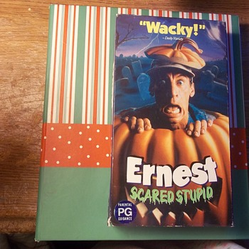"COLLECTIBLE VHS, THE ""ERNEST"" SERIES OF FILMS! JIM VARNEY, EARTHA KITT '92 - Electronics"