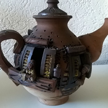 Interesting Terracotta Coffee  Pot With People Living Inside... - Pottery
