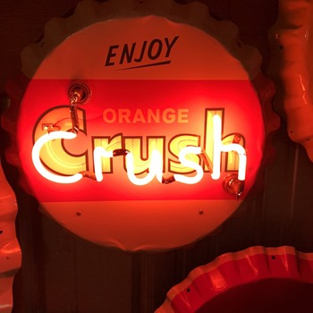 Crush Bottle Cap neon light sign - Advertising