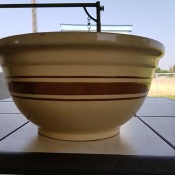 Mystery bowl - Pottery