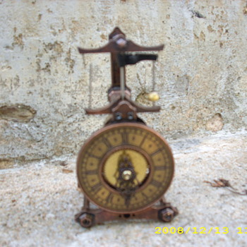 Guild clock with flying pendulum - Clocks
