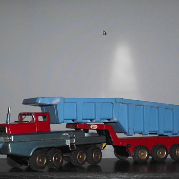SSS International Japan. Hydraulic Dump. - Toys