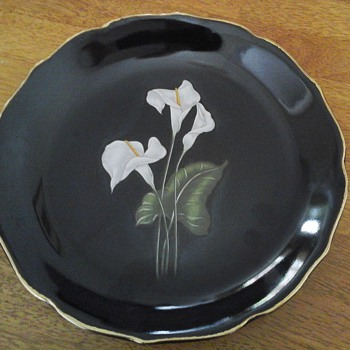 beautifull japanese plate with lilies