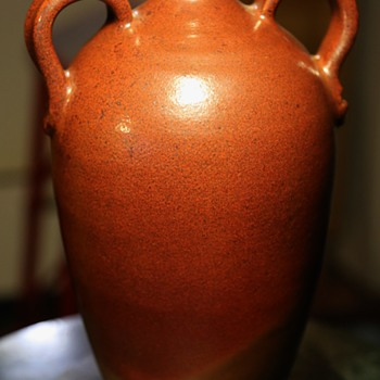 Brown-glazed Urn signed Mike Roche 2009. - Pottery