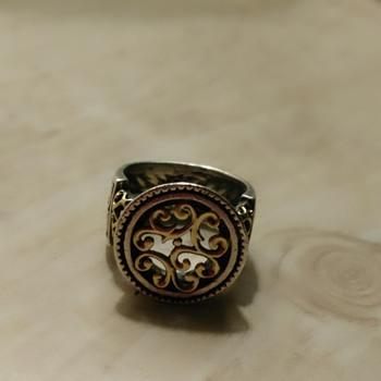 Very Interesting Unique Ring - Fine Jewelry