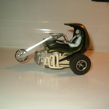 1/32 AURORA HIPPIE TRIKE - Model Cars