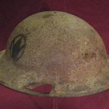 WW I U.S. Army M-1917 Doughboy Helmet
