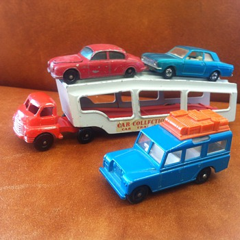 Matchbox Moko auto carrier and cars - Model Cars