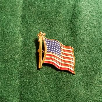 Very old metal 48 star American Flag Pin