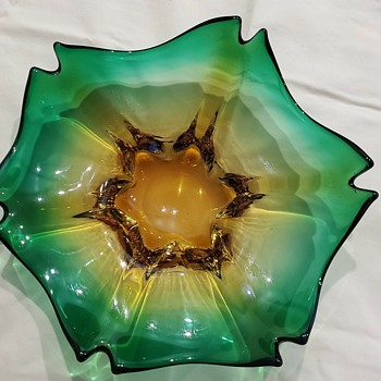 A New Art Glass Bowl, 10 inches wide, beautiful molded colors and effect. Venice-Murano. J.I.Co. - Art Glass