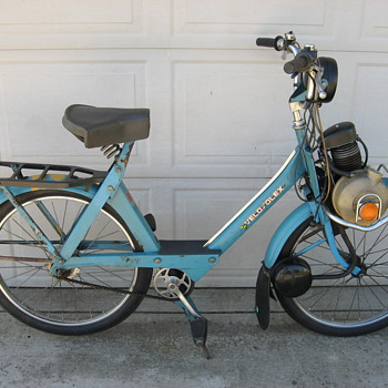 1977 VeloSolex moped bicycle made in France ... Solex motorized bicycle - Motorcycles