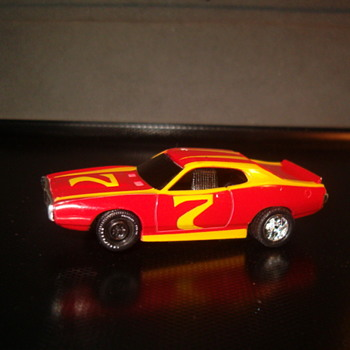 TYCO DODGE CHARGER - Model Cars