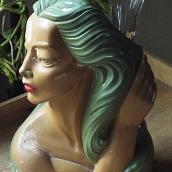 1940's Chalkware Polynesian Head Vase - Figurines