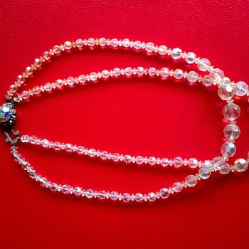 1950s Aurora Borealis Crystal Necklace !