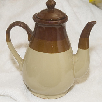 Stoneware  Tea or Coffee pot from New England  w/2 different salt-glazed surfaces - Pottery