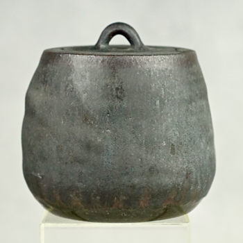 MATTE BLACK STUDIO POTTERY STONEWARE VESSEL WITH LID, SIGNED - Pottery