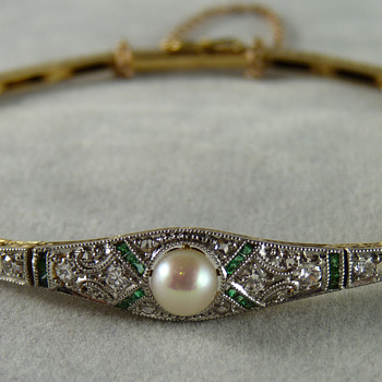 Art Deco Natural Pearl, Emerald & Diamond Bracelet in Platinum & Gold