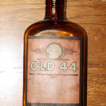 """""""OLD 44"""" Rye Whiskey bottle"""