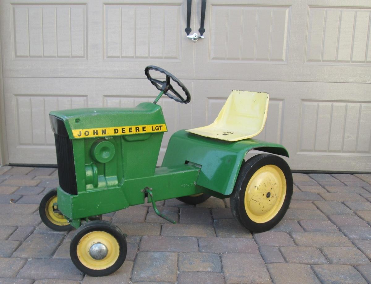 John Deere Lawn Garden Pedal Tractor Collectors Weekly