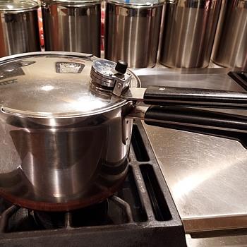 1940's Revere Ware Presure Cooker - Kitchen