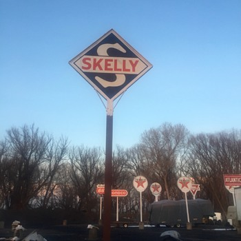 Skelly Gas - Signs