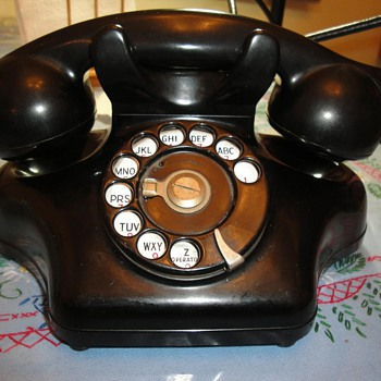 "Kellogg 925 aka ""Ashtray phone"""