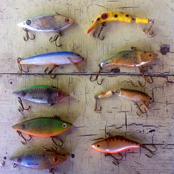 A jumble of fishing lures!