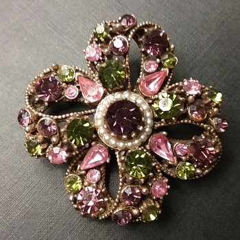 Florenza bow brooch  - Costume Jewelry