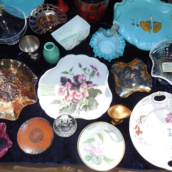 Sunday 02/21/2021 Flea Market Finds! Glass Pottery and . . . . :^D - Art Glass