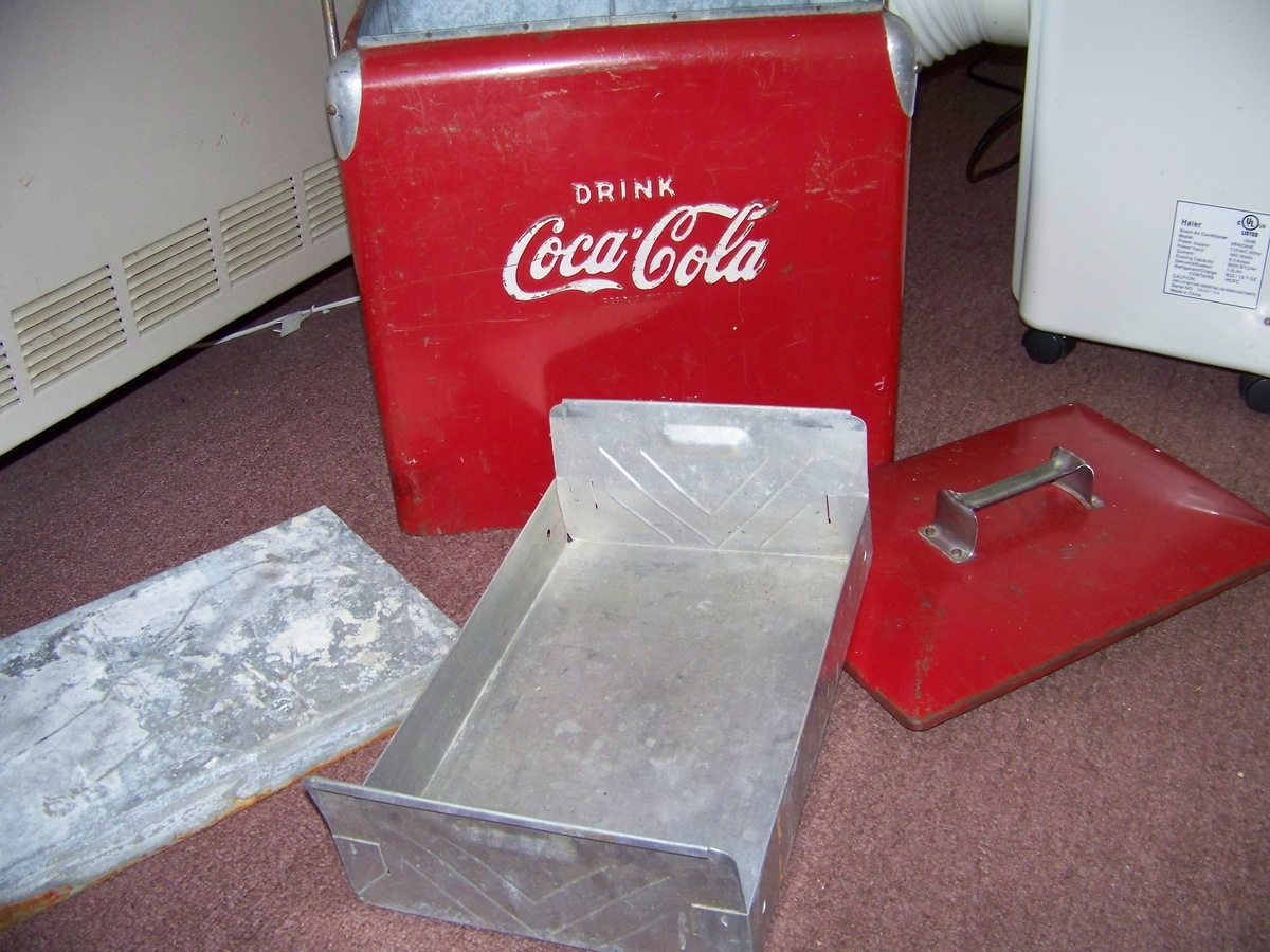ANTIQUE CAR COOLER ANTIQUES CENTER #AF1C29