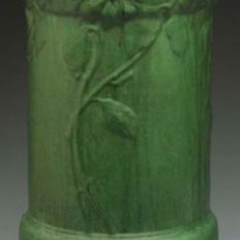 Weller Matte Green Umbrella Stand - Pottery