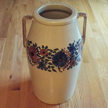 Large Stoneware ? - Pottery