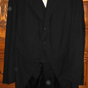 1910 Mourning Suit - Mens Clothing