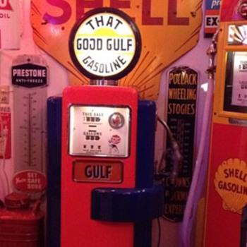 Wayne 100A GasPump...Gulf Theme - Petroliana