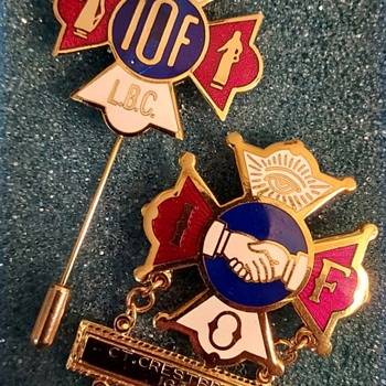 Independent Order of Foresters pins - Medals Pins and Badges