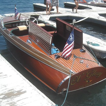 Wooden Boats From The Lake Arrowhead Wood Boat and Woodie Show - Photographs