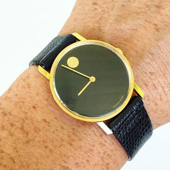 Vintage 18k Solid Gold Movado Watch w/ Black Dial