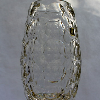 Kagami Crystal thousand windows vase - Art Glass