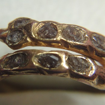 Very old golden (?) snake ring with row diamonds