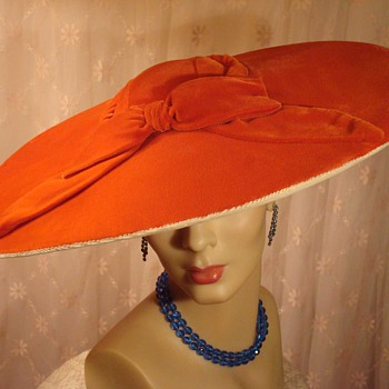 Hollywood Glam Orange Velvet Pancake Hat ca 1940s - Hats