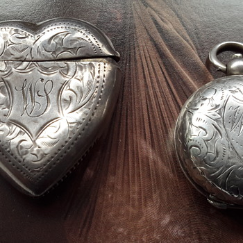 Antique sterling silver match vesta case & sovereign case - Victorian Era
