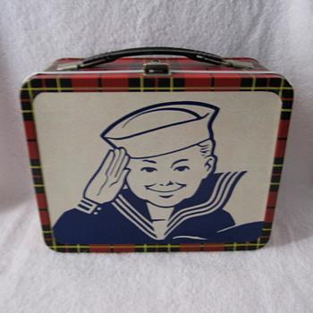 1964 Cracker Jack Box - Kitchen